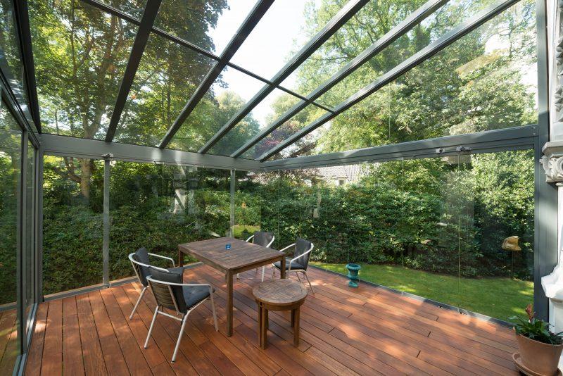 Sommergarten aus dem Material: Aluminium / Metall in der Farbe anthrazit | Ratgeber SchulzeBraak