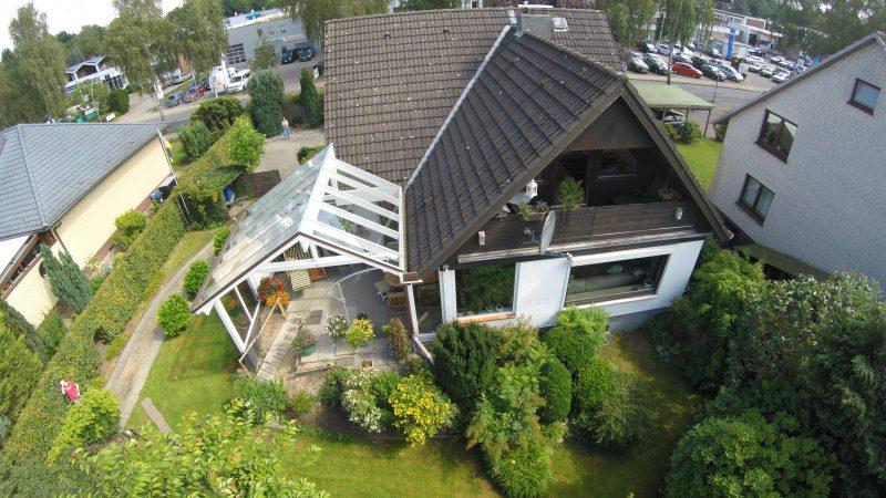 Terrassenüberdachung mit einem asymmetrischen Satteldach | Ratgeber SchulzeBraak