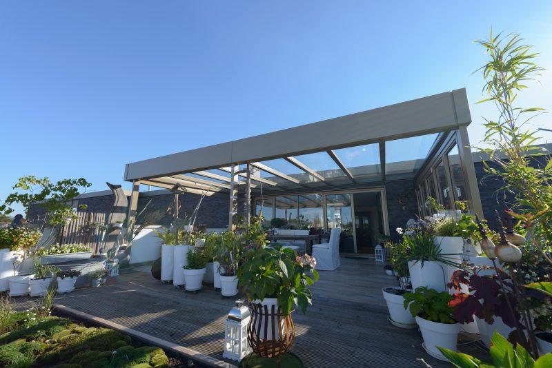 Terrassendach als Flachdach im Bauhausstil | Ratgeber SchulzeBraak