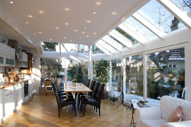 Wintergarten mit Flachdach - Innenansicht | Ratgeber SchulzeBraak